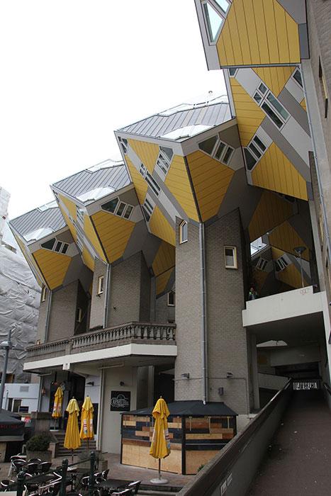Rotterdam-Cubes1