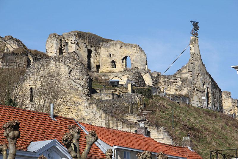 Ruine-Valkenburg01