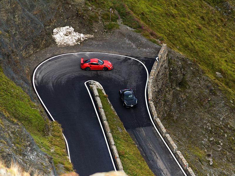 Porsche am Stilfserjoch